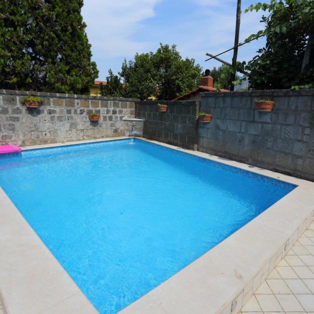 Ambrosio relais sorrento bed and breakfast con piscina for Disposizione del piano piscina